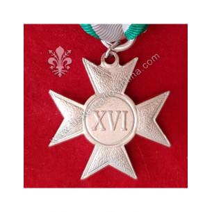Croce per XVI anni di...