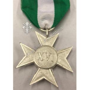 Medaglia Croce per XVI (16)...
