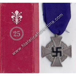 Croce d' anzianità per 25...